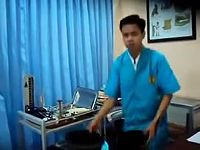Asuhan Persalinan Normal (APN) Uji Praktek Klinik Bina Sehat PPNI Mojokerto Kelompok 4.mp4